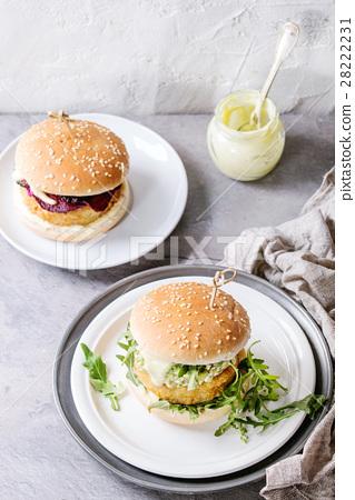 Vegan burgers with avocado, beetroot and sauce 28222231