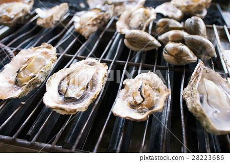 Baked oysters of prepuri - Stock Photo [28223686] - PIXTA