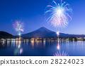 【Yamanashi Prefecture】 Kawaguchi lake winter fireworks 28224023