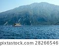 Scenic landscape of beautiful Garda lake,mountains 28266546