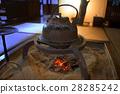 fireplace, sunken hearth, iron kettle 28285242