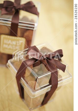 Almond chocolate 28326190