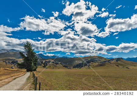 Castle Hill in Arthur's Pass, New Zealand 28340192