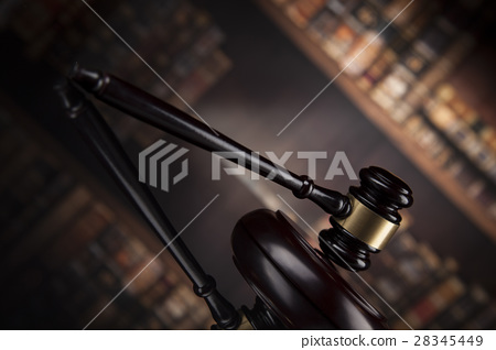 Law books, mallet of the judge, Courtroom 28345449