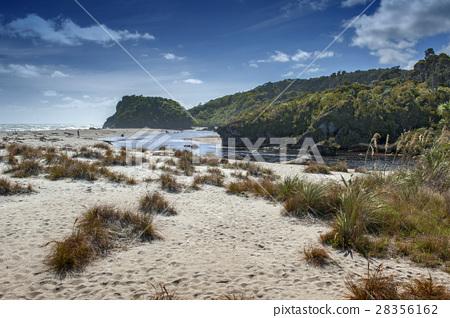 Tauparikaka Marine Reserve, Haast, New Zealand 28356162