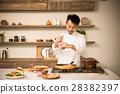 미들 남성 요리사 28382397