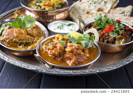 Indian Dishes on traditionel Thali 28423895