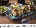 Takoyaki with Sprouts and Daikon 28429970