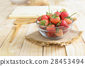 strawberry, fresh, wild 28453494