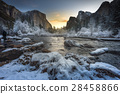 Landscape of Yosemite National Park 28458866