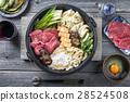 Sukiyaki Japanese cuisine 28524508