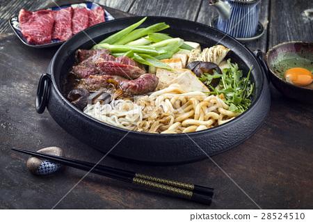 Sukiyaki in traditional Cast Iron Put 28524510