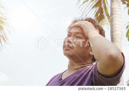 Heat stroke on the sun 28527365