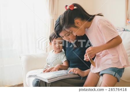 家庭 家族 家人 28576418