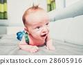 婴儿 宝宝 爬行 28605916