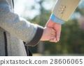 握手的资深夫妇手 28606065