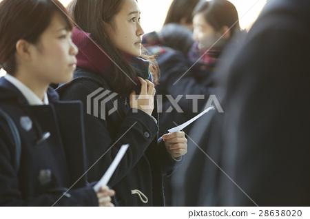 女性 高中生 考試結果公佈 28638020