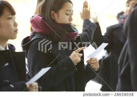 女性 高中生 考試結果公佈 28638038
