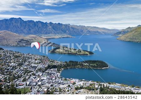 Lake Wakatipu and Queenstown, New Zealand 28643542