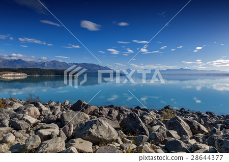 Lake Pukaki, New Zealand 28644377