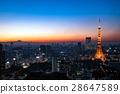 東京鐵塔和東京中心晚上風景 28647589