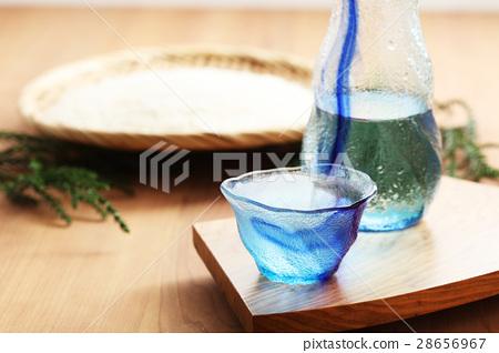 Sake 28656967