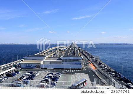 Oceanfront parking area 28674741