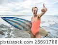 冲浪者 冲浪板 女人 28691788