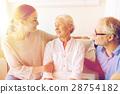 senior,family,visiting 28754182