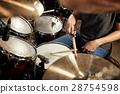 音乐家 玩 演奏 28754598