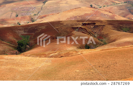 Madagascar countryside highland landscape 28767269