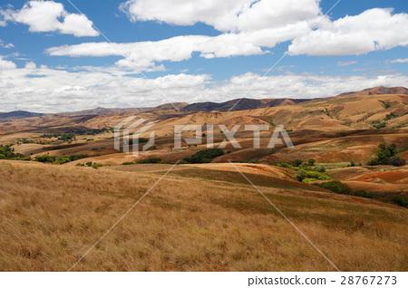 Madagascar countryside highland landscape 28767273
