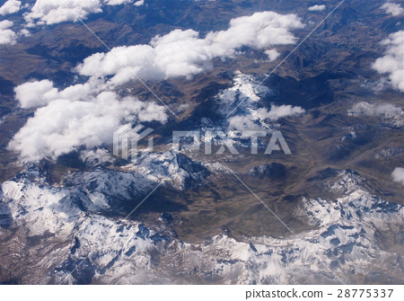 Overlooking Andes mountains,Peru,South America 28775337