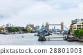 런던 다리에서 바라 보는 템스 강 풍경 28801903