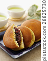 dorayaki, two small pancakes with bean jam in between, snack 28825730