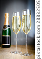 Two glasses of champagne 28832505