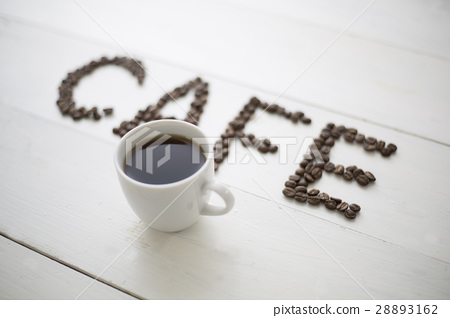 Coffee beans written in cafe letters and coffee cups 28893162