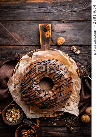 Chocolate brownie cake, dessert with nuts 28914054