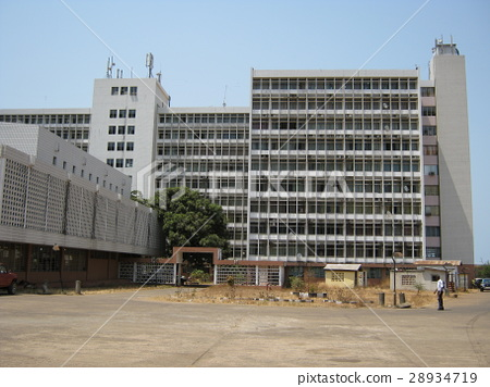 Yuyi Building, a joint government office of the Sierra Leone government (location: Freetown) 28934719