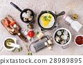 fried eggs quail 28989895