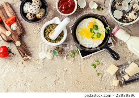Breakfast with fried quail eggs 28989896