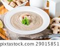 Mushroom cream soup 29015851