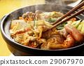 泡菜火鍋 鍋裡煮好的食物 用鍋烹飪 29067970