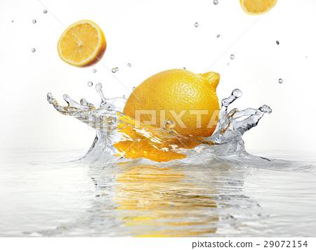 lemon splashing into clear water 29072154