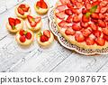 Homemade Strawberry cake 29087675