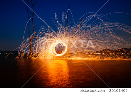 Ring of fire at the lake,still wood light 29101405