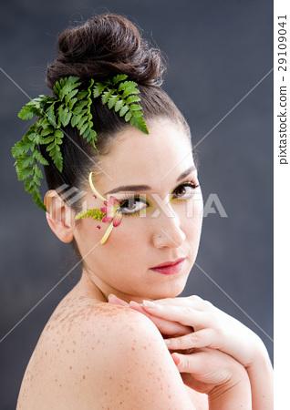 Flower eye makeup 29109041