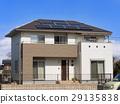 지붕에 태양 전지 패널을 설치 한 주택 29135838
