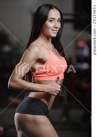 young sexy fitness woman train and exercising in gym healthy. 29154651