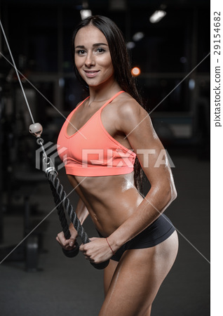 young sexy fitness woman train and exercising in gym healthy. 29154682